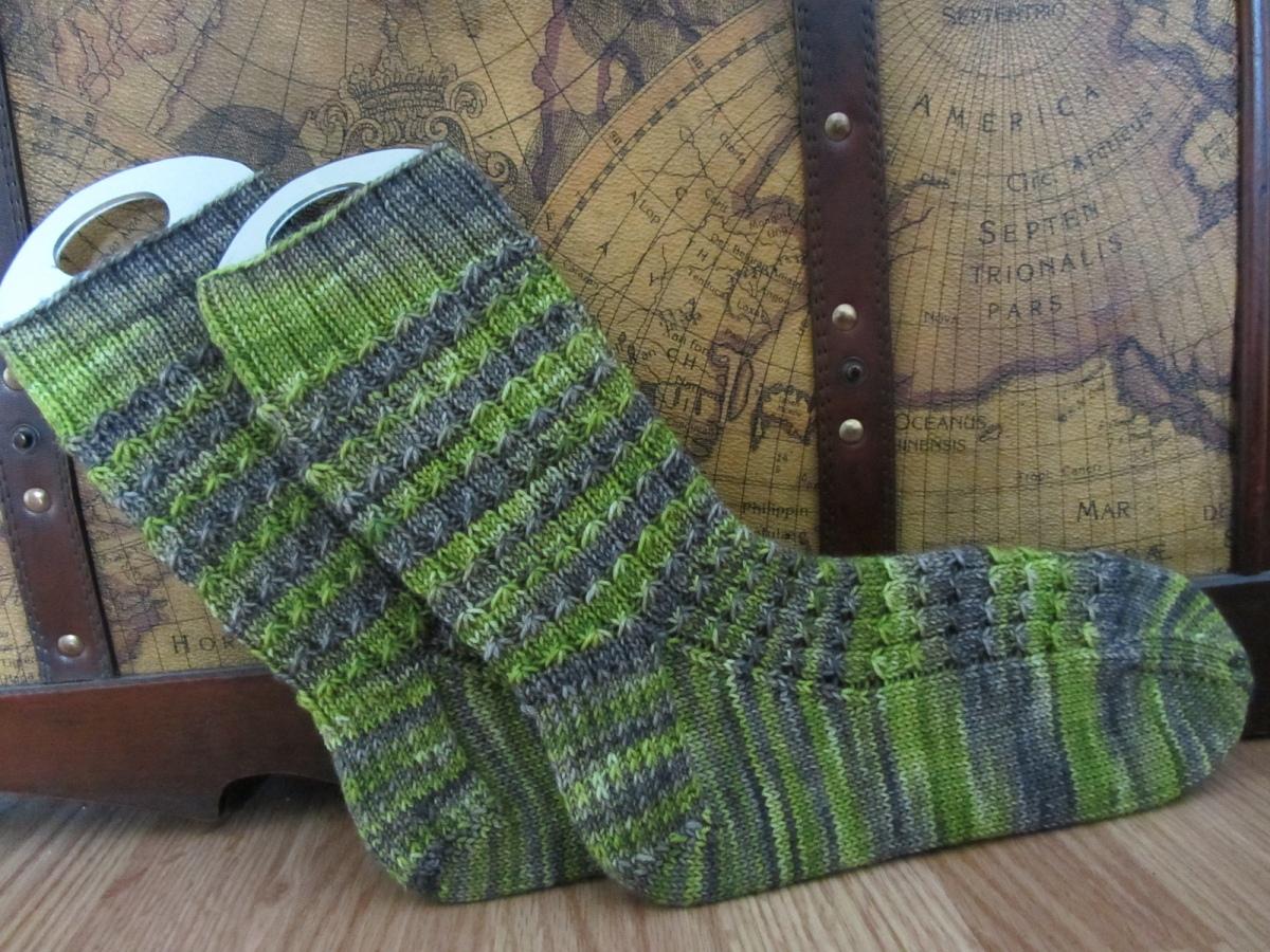 knittitude's Stingy but Scaly Socks