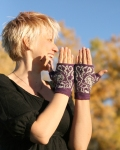 Pandora Mitts by Annie Watts